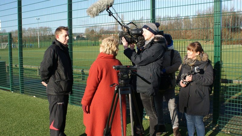 Paul Gardner Being Interviewed By ARD German TV At The GMWF Autumn League Dec 2017